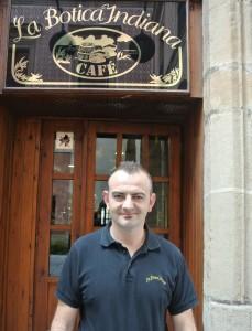 Jorge Pérez aspira a convertirse en el mejor coctelero de España 2016