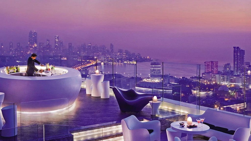 Hotel-Four-Season-al-sur-de-Mumbai-India--1024x576