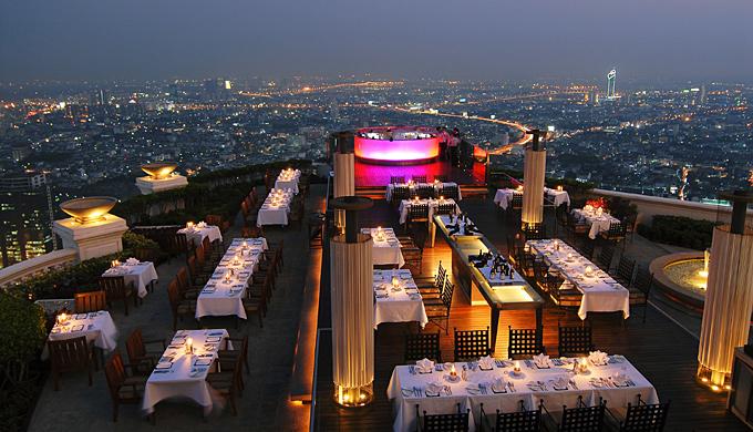 Sky-Bar-en-el-hotel-de-lujo-Lebua-en-Bangkok-Tailandia-2