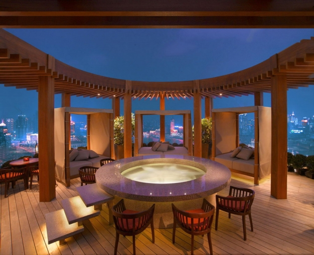 Vue-Bar-en-el-hotel-Hyatt-on-the-Bund-Shanghai