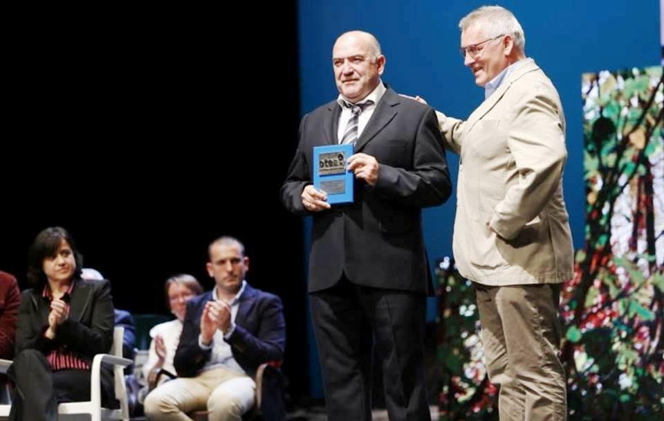 Ramiro González Vázquez La Botica Indiana Premio Creciendo en Asturias 2018 Otea
